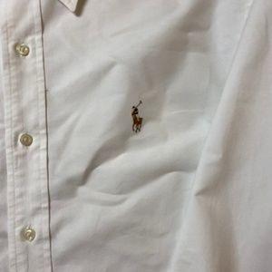 Ralph Lauren Shirts - EUC Ralph Lauren button down in classic fit